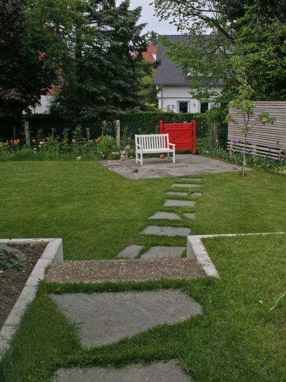 Trittplatten bis zur Gartenterrasse